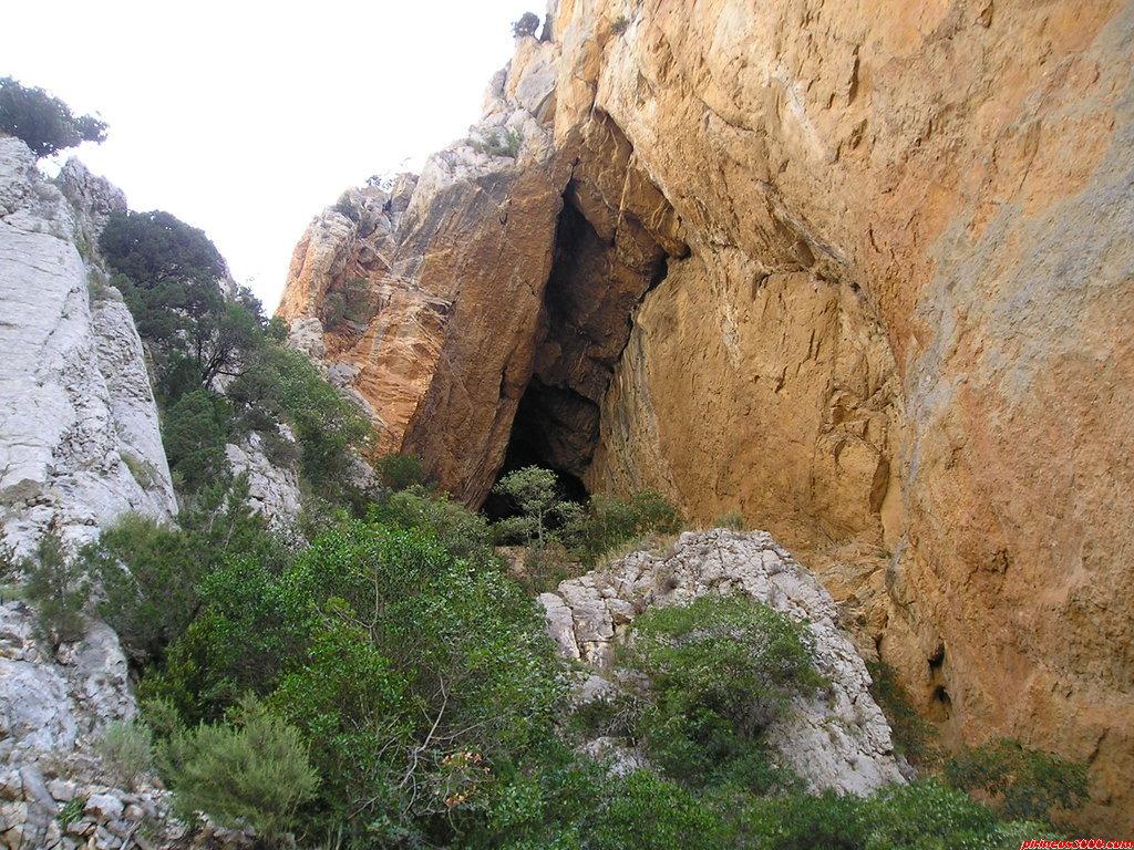 Cueva de la Colomera