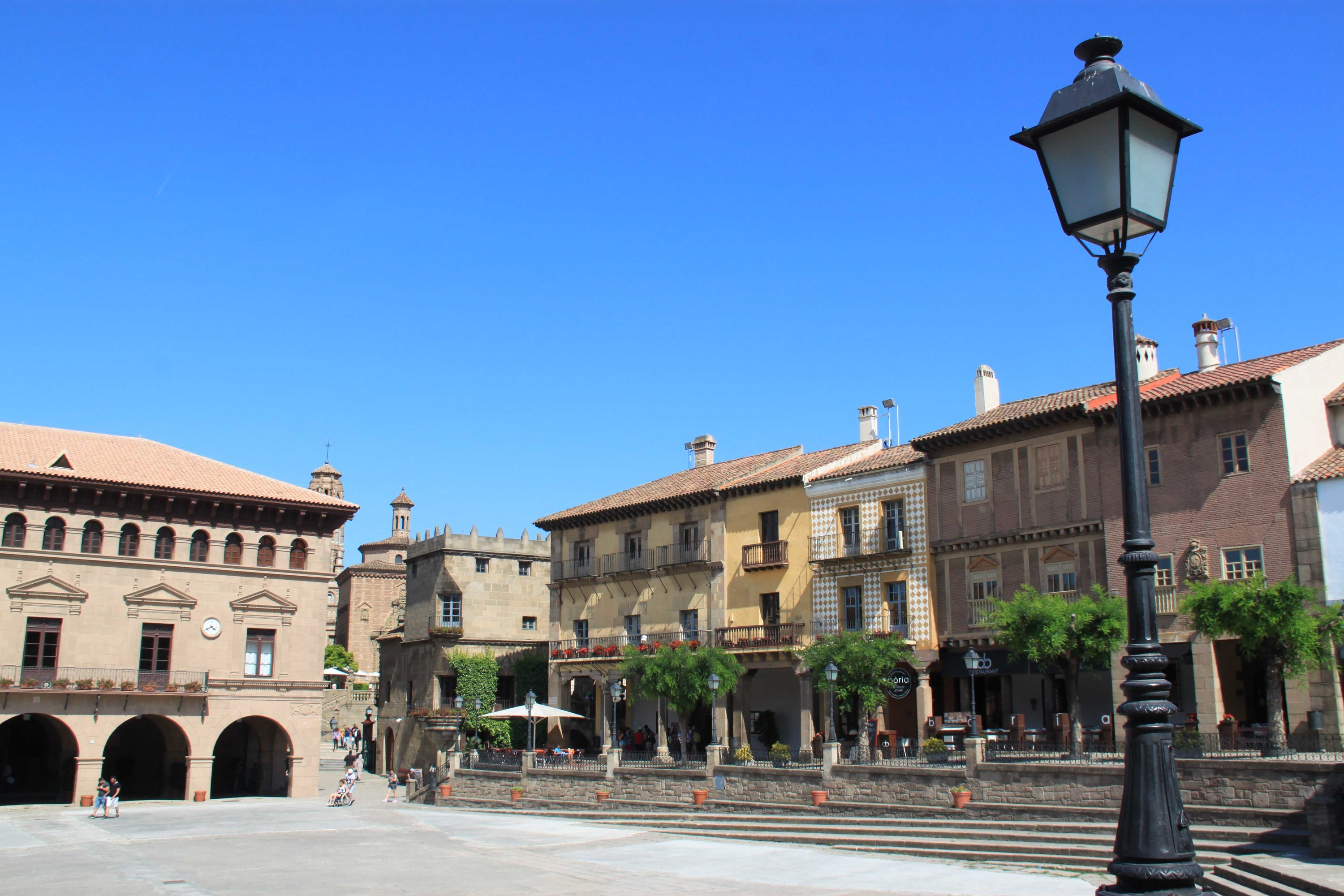 Architecture and culture in Poble Espanyol